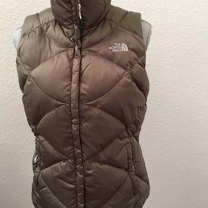 Women's The North Face goose down vest medium EUC